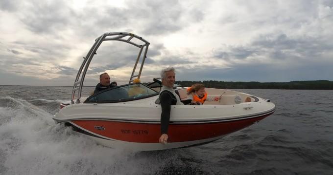 Barca a motore a noleggio a Biscarrosse al miglior prezzo