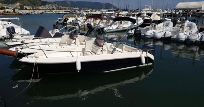 Noleggio Barca a motore Romar con patente nautica