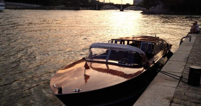 Noleggio barche Paris economico Snc