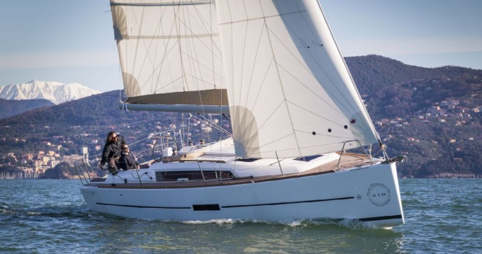 Noleggio barche Arzon economico Dufour 310