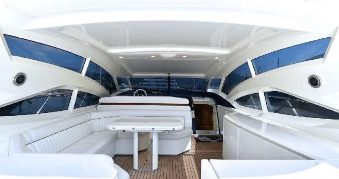 Noleggio Yacht  con patente nautica