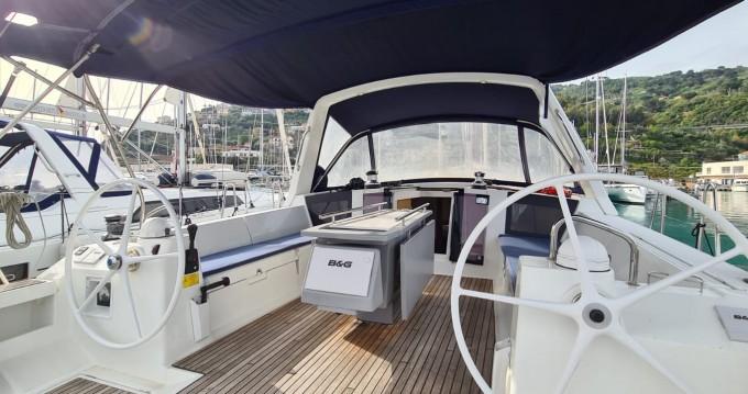 Noleggio barche Bénéteau Oceanis 45 a Reggio di Calabria su Samboat