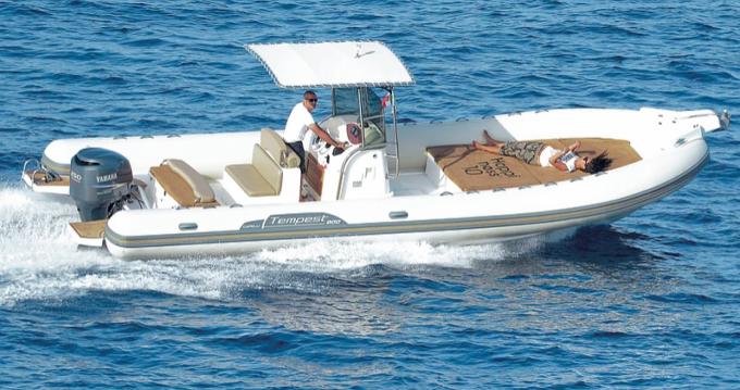 Noleggio barche Arbatax economico Tempest 900 WA