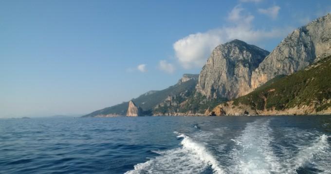 Noleggio barche Capelli Tempest 900 WA a Arbatax su Samboat