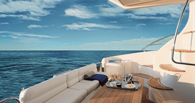 Noleggio Barca a motore a Yalıkavak – Azimut Azimut 42 E
