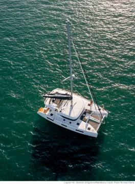 Noleggio barche Tropea economico Lagoon 46