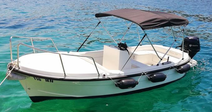 Noleggio Barca a motore Betina con patente nautica