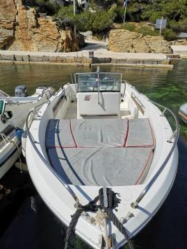 Noleggio Barca a motore a Ensuès-la-Redonne – Jeanneau Cap Camarat 575