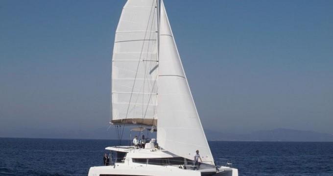 Noleggio barche Catana Bali 4.3 - 4 + 2 cab. a Napoli su Samboat