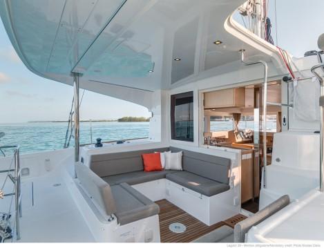 Noleggio barche Napoli economico Lagoon 39