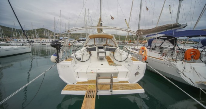 Noleggio Barca a vela con o senza skipper Bénéteau a Napoli