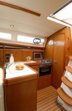 Noleggio barche Jeanneau Sun Odyssey 35 Legend a Nettuno su Samboat
