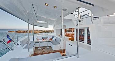 Noleggio Catamarano a Nosy Be – Lagoon Lagoon 450