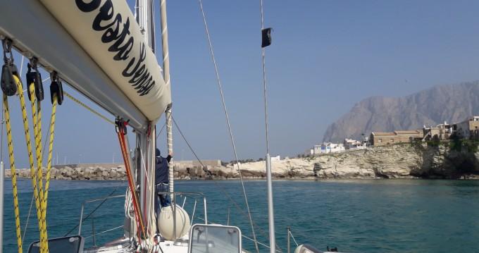 Barca a vela a noleggio a Balestrate al miglior prezzo