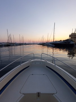 Noleggio barche Prua al vento Jaguar 6.0 a Santo Stefano al Mare su Samboat