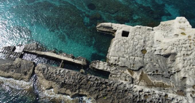 Noleggio barche Tropea economico Nuova Jolly 500 GT