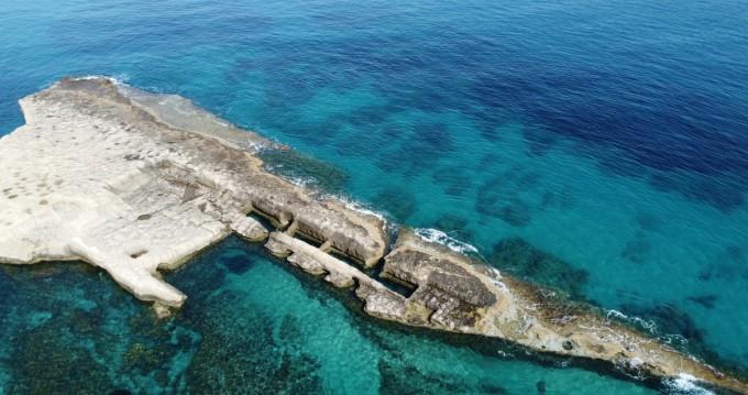 Noleggio Gommone con o senza skipper Nuova Jolly a Tropea