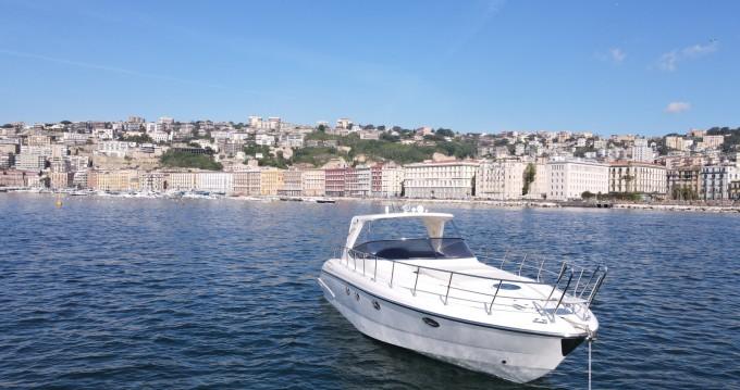 Mano Marine Mano Marine 38.50 tra privati e professionisti a Porto di Mergellina
