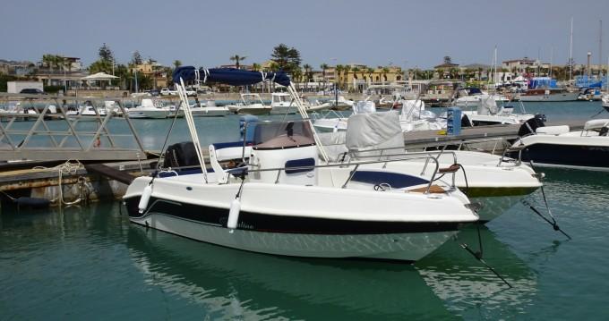 Barca a motore a noleggio a Agrigento al miglior prezzo