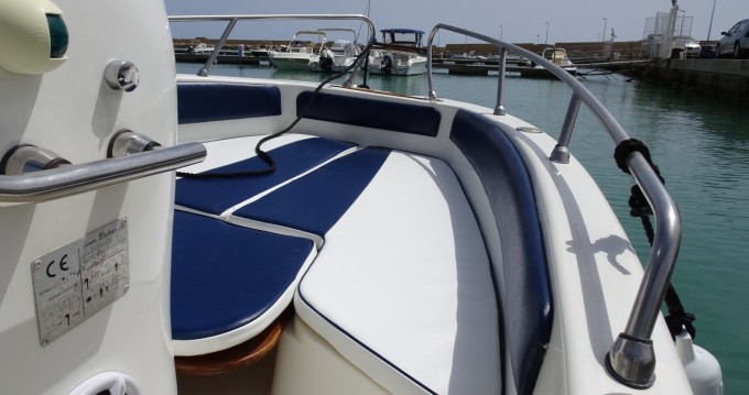 Noleggio yacht a Agrigento – Bluline 19 Open su SamBoat