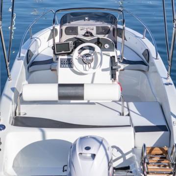 Noleggio barche Barcellona economico 53S