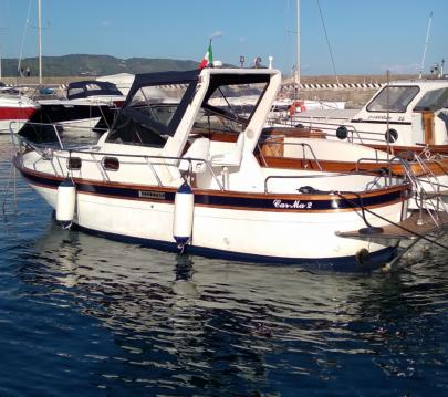 Noleggio barche Salerno economico Amelia 750