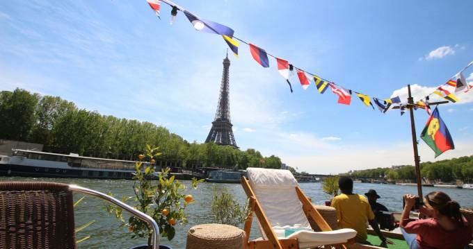 Noleggio Houseboat con o senza skipper Peniche a Paris