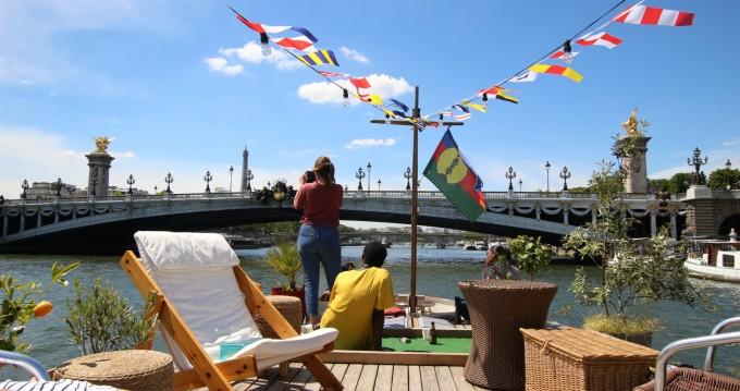 Houseboat a noleggio a Paris al miglior prezzo