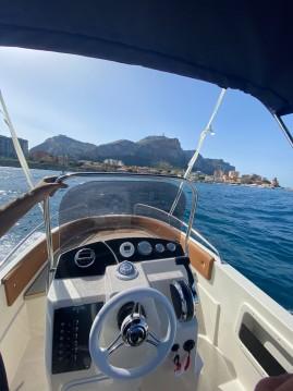 Barca a motore a noleggio a Palermo al miglior prezzo