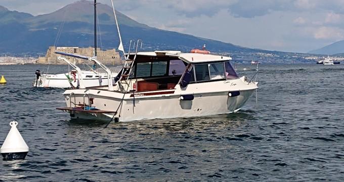 Noleggio barche Napoli economico Chris Craft 25