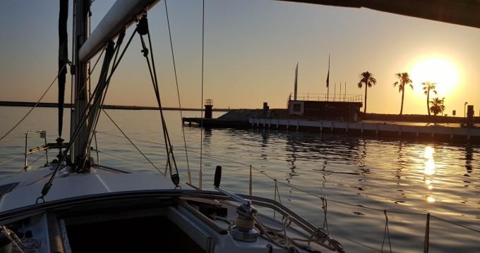 Noleggio yacht a Puerto de Almeria – Bénéteau Oceanis 321 Clipper su SamBoat