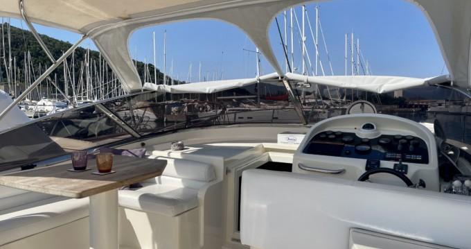 Noleggio Barca a motore a Punta Ala – Baia Baia Zero