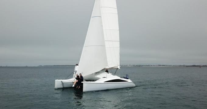 Noleggio Catamarano a Dinard – Lerouge Yachts Cité d'Aleth