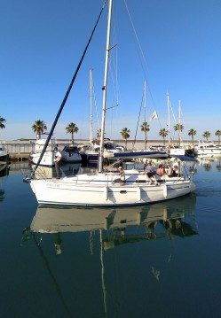 Barca a vela a noleggio a Sitges al miglior prezzo