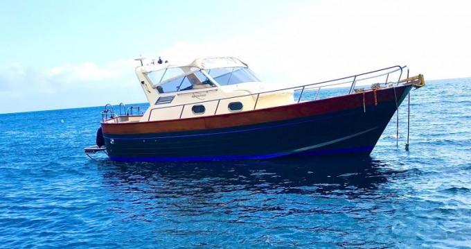 Noleggio Barca a motore con o senza skipper Aprea mare 9 a Positano