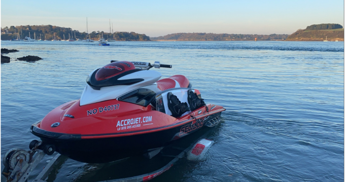 Noleggio Moto d'acqua Sea-Doo con patente nautica