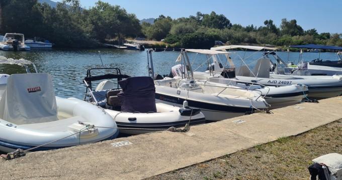 Noleggio yacht a San Fiorenzo – Selva 650 s line su SamBoat