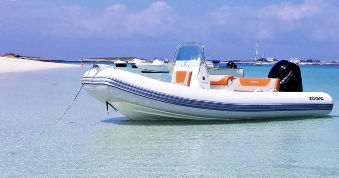 Noleggio Gommone con o senza skipper Zodiac a Kernével