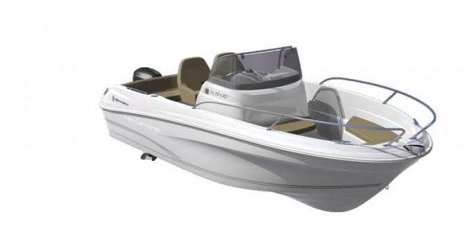 Barca a motore a noleggio a Six-Fours-les-Plages al miglior prezzo