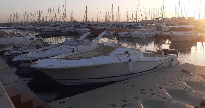 Jeanneau Cap Camarat 925 WA tra privati e professionisti a Port de Alicante