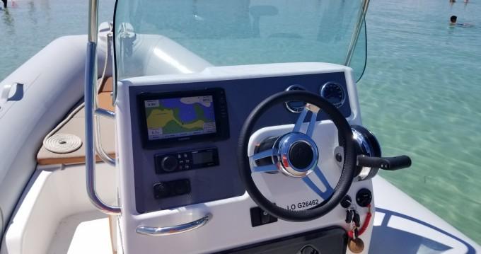 Noleggio barche Kernével economico Medline 580 Hypalon
