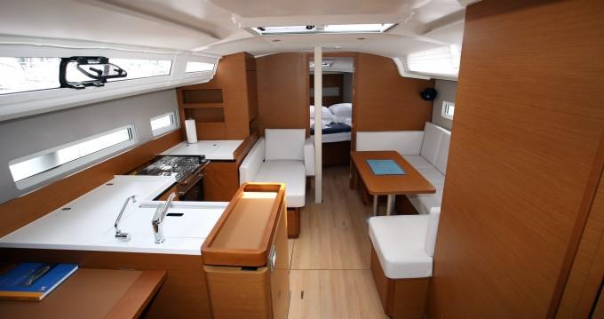 Noleggio yacht a Pula – Jeanneau Sun Odyssey 410 su SamBoat