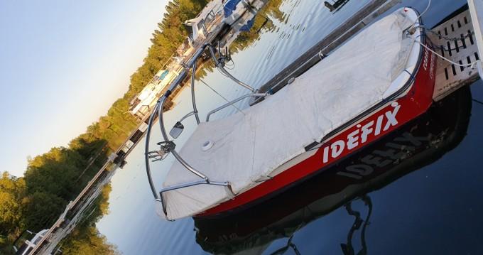 Barca a motore a noleggio a Saint-Fargeau-Ponthierry al miglior prezzo